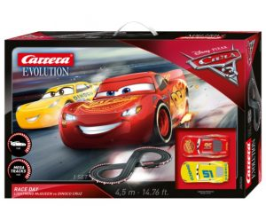 Evolution Disney Pixar Cars 3 - Race Day
