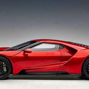 Ford GT 2017 (Liquid Red w/Silver Stripes)