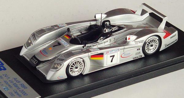 Audi R8R.